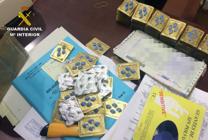 Two Germans arrested in Los Urrutias on charges of selling fake Viagra throughout Europe