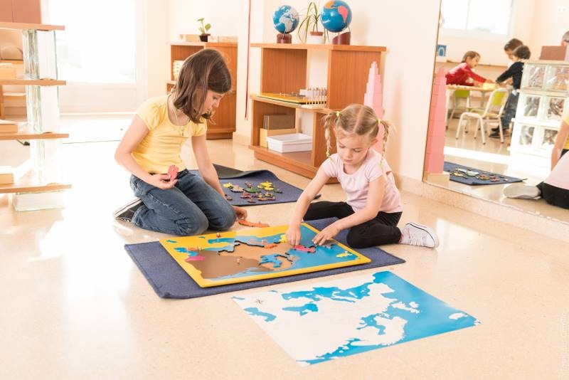 The Montessori British School teaching the English National Curriculum using the Montessori learning ethos in Murcia.