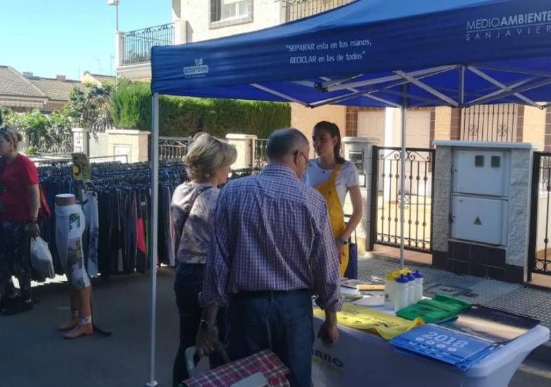 <span style='color:#780948'>ARCHIVED</span> - San Javier fights plastic contamination with awareness campaign at weekly markets