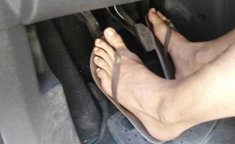 Driving in flip flops debate: the Guardia Civil MAY fine inappropriately shod drivers