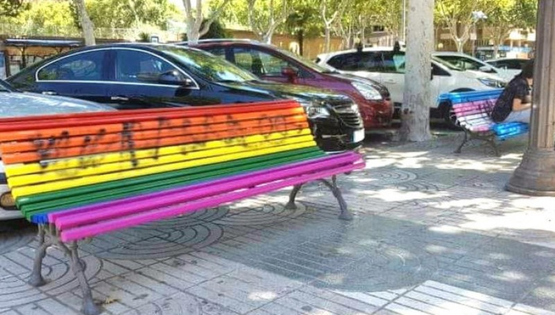 Rainbow benches vandalized in Cartagena as LGTBi week approaches