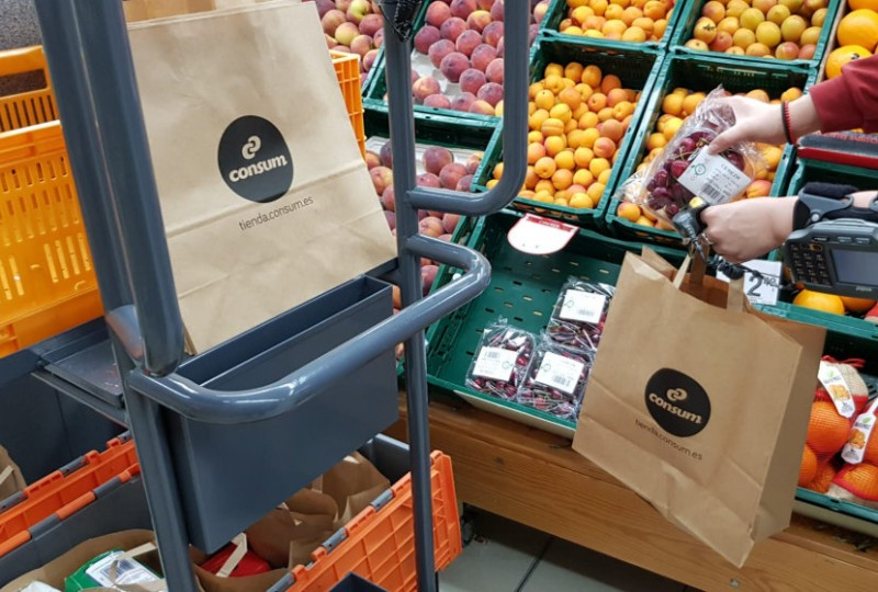 Consum supermarkets to phase out plastic bags