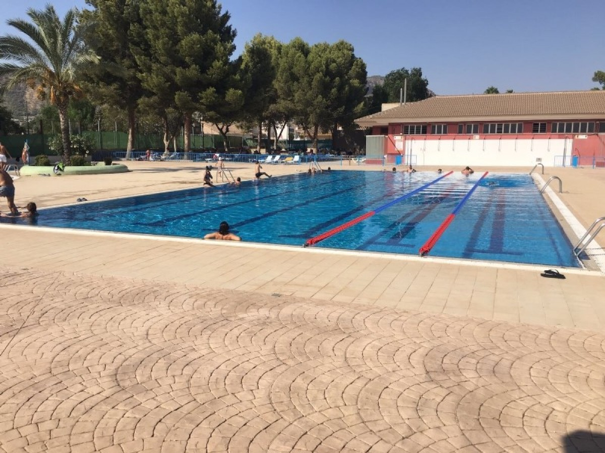 Open-air swimming pool and swimming courses Summer 2018 Alhama de Murcia