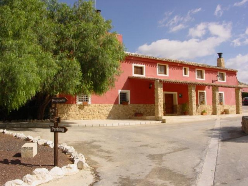 Accommodation in Jumilla: Finca del Olmo