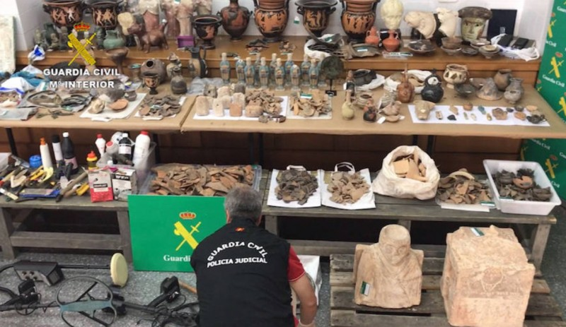 3,400 items recovered from archaeological looters in Valencia