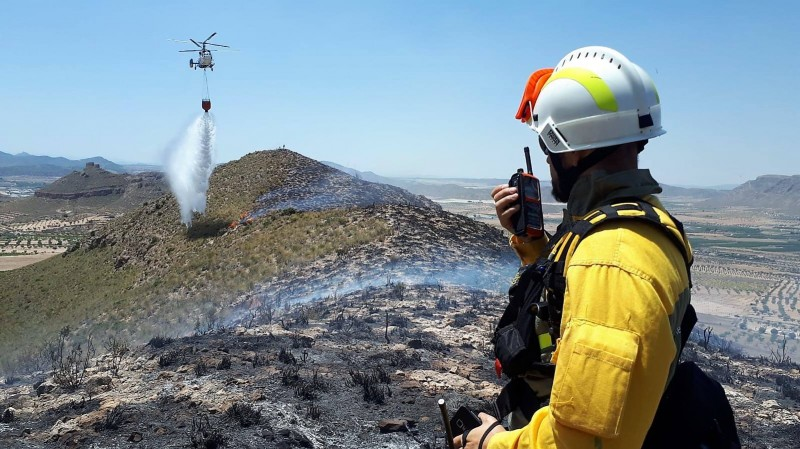Rapid intervention prevents spread of fire in Jumilla