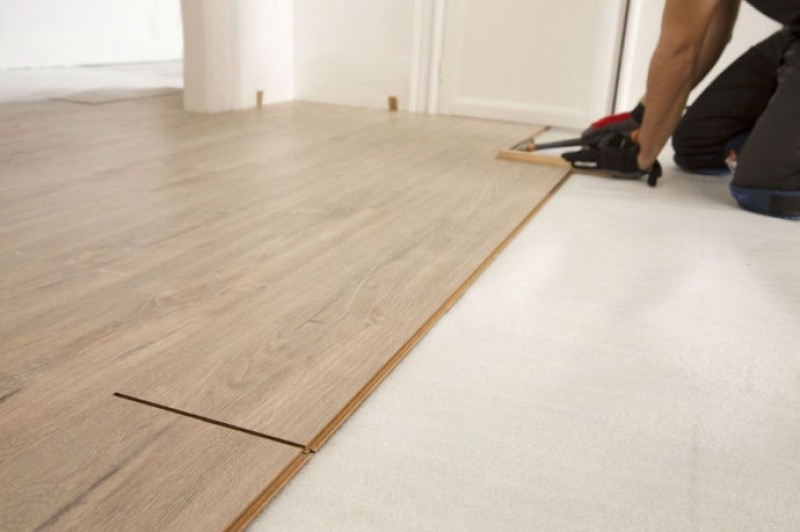 18th August, free workshops at Leroy Merlin in Cartagena and Murcia: installing and repairing laminated flooring