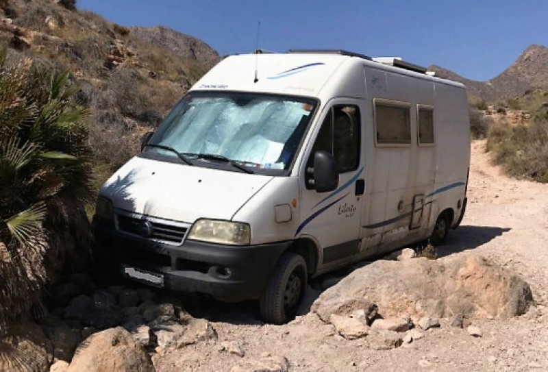 Motor home driver rescued from Mazarrón mountain track