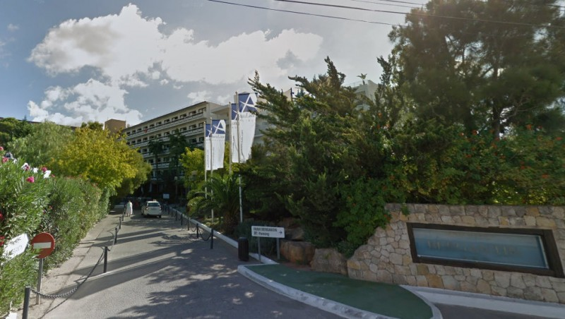 <span style='color:#780948'>ARCHIVED</span> - Four arrested in Ibiza after young Briton dies in brawl