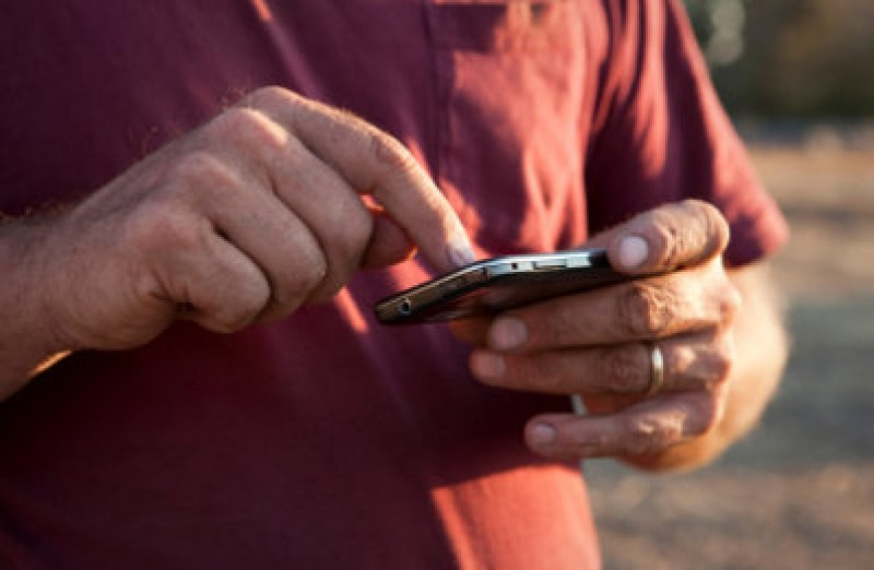 <span style='color:#780948'>ARCHIVED</span> - More smartphone addiction in Murcia than anywhere else in Spain