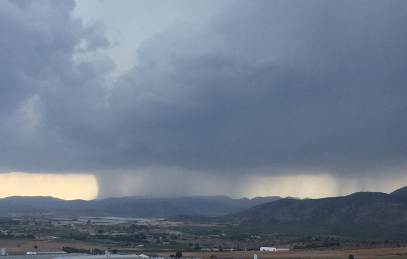 Showers and hailstorms forecast in Murcia for the national holiday on Wednesday