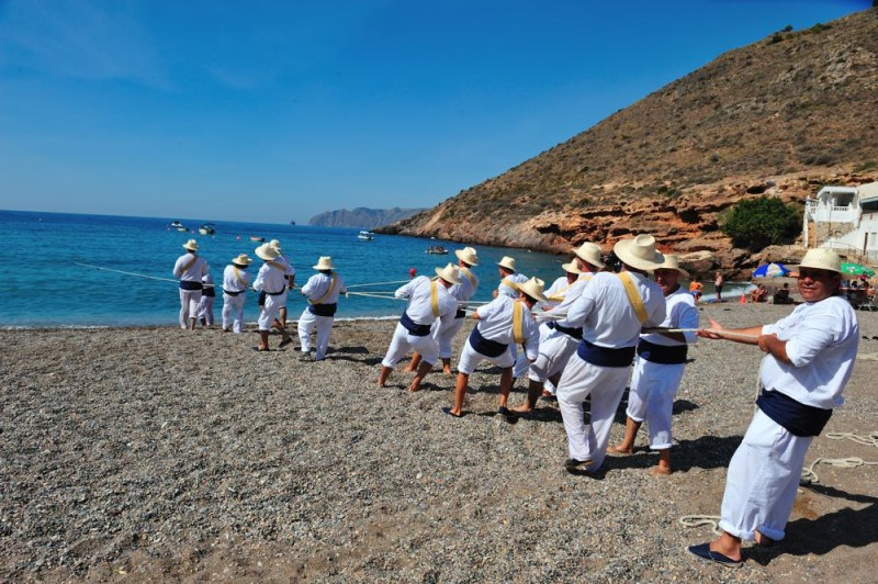 <span style='color:#780948'>ARCHIVED</span> - Saturday 25th August El Portús beach: demonstration of traditional fishing techniques