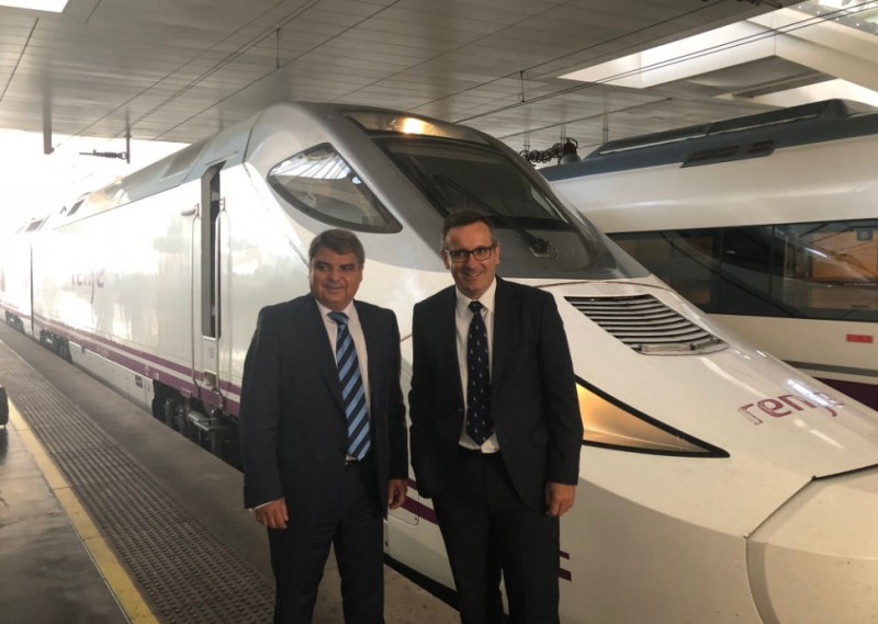 First hybrid train cuts Murcia-Madrid journey time by half an hour