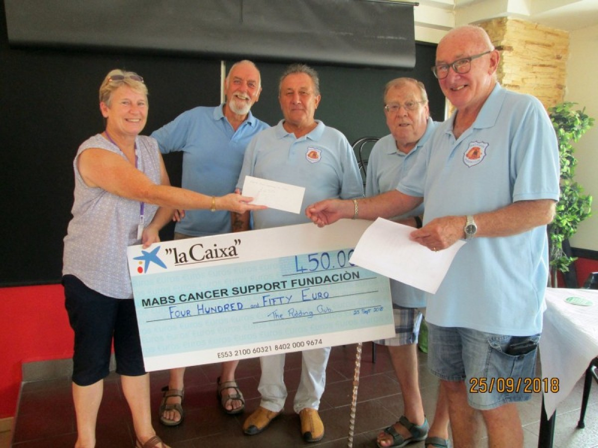 Mazarrón Pudding Club donates 450 euros to MABS