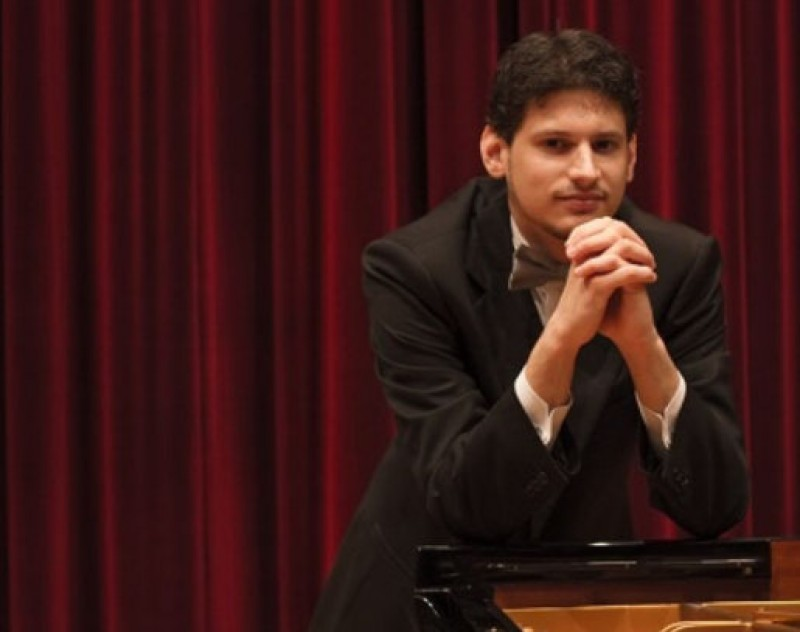 6th June, pianist Konstantinos Destounis at the Auditorio Víctor Villegas in Murcia
