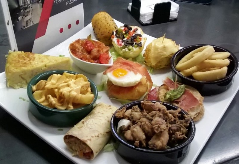San Miguel Restaurant Cartagena : Tapas, Lunchtime Set Menus, daily specials in the centre of the old quarter