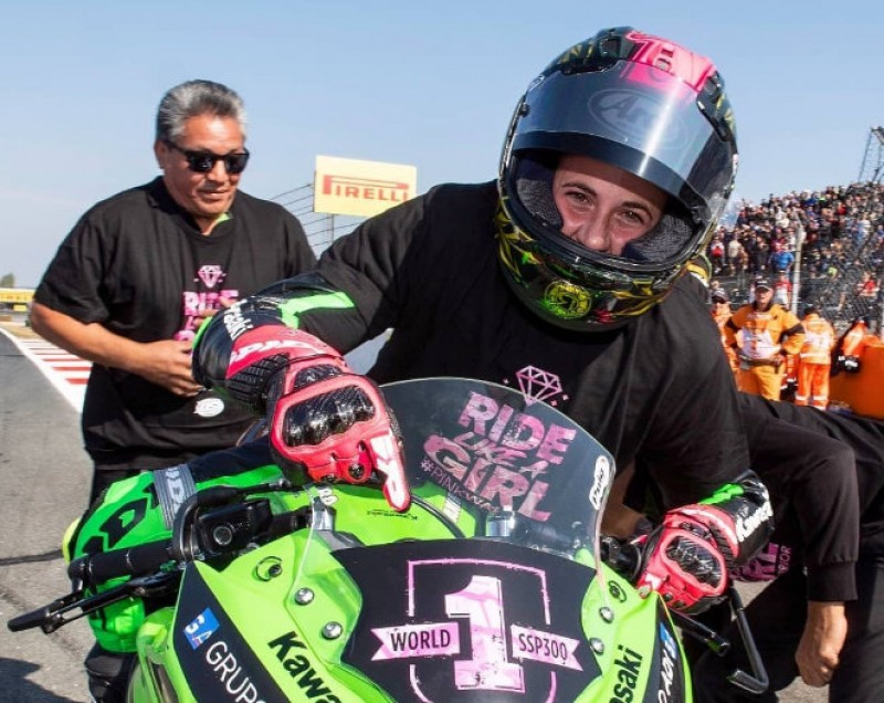 <span style='color:#780948'>ARCHIVED</span> - Cehegín rider becomes the first female world motorcycle racing champion