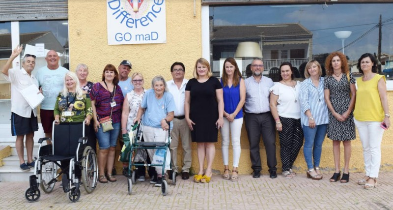 Making a Difference donates wheelchairs and walking frames to the social services in Mazarrón