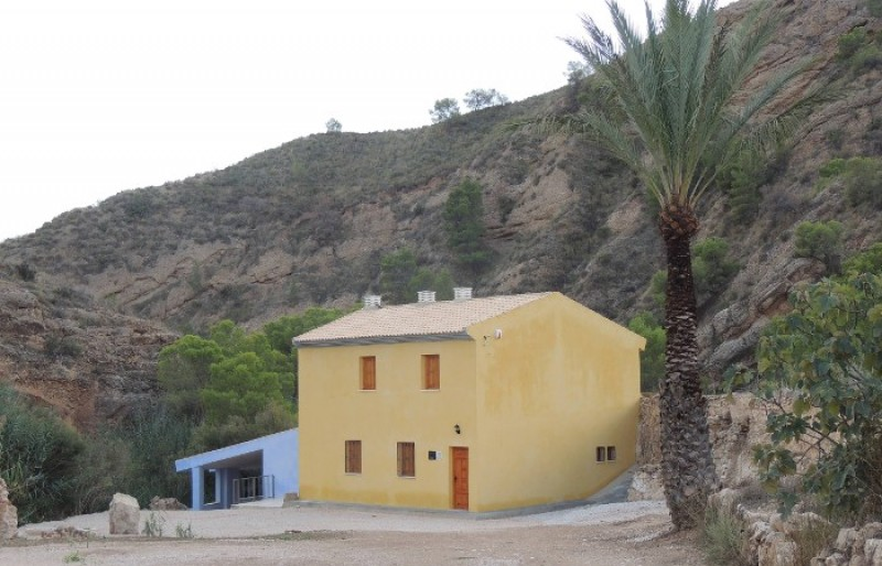 <span style='color:#780948'>ARCHIVED</span> - 16th December Abanilla: Free guided tour to the source of the River Chícamo and watermill