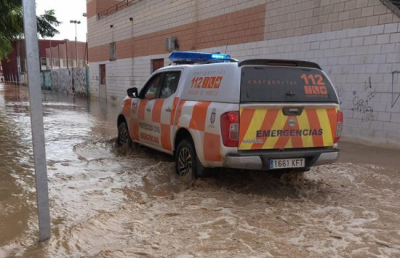 60 residents evacuated as roads and streets flood again in Los Alcázares