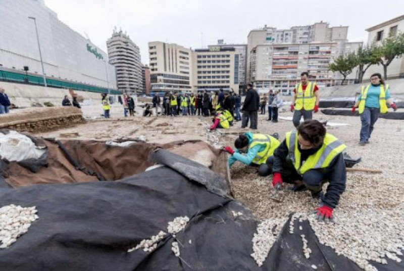 <span style='color:#780948'>ARCHIVED</span> - Moorish excavations begin in Plaza de San Esteban in Murcia 9 years after the site was found