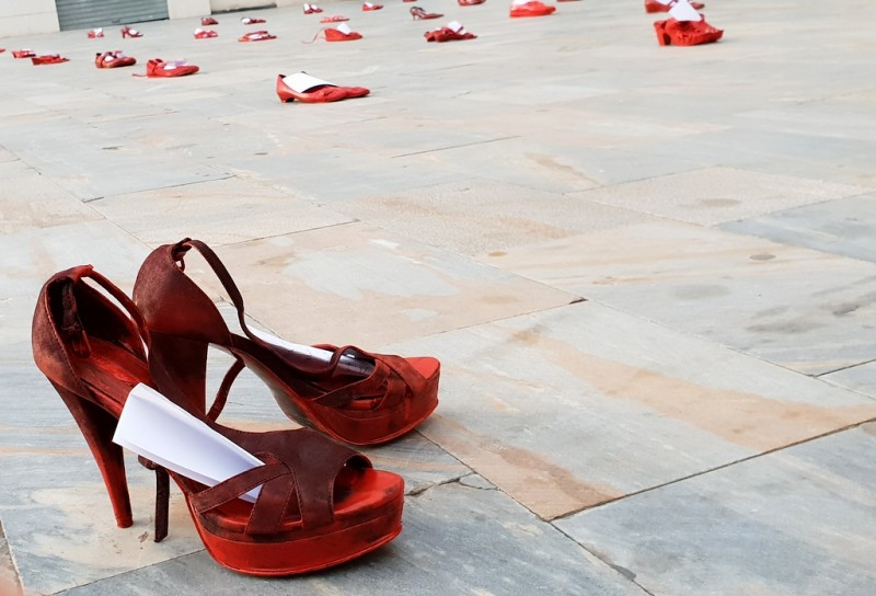 <span style='color:#780948'>ARCHIVED</span> - Zapatos Rojos in Cartagena highlights the ongoing problem of domestic violence worldwide