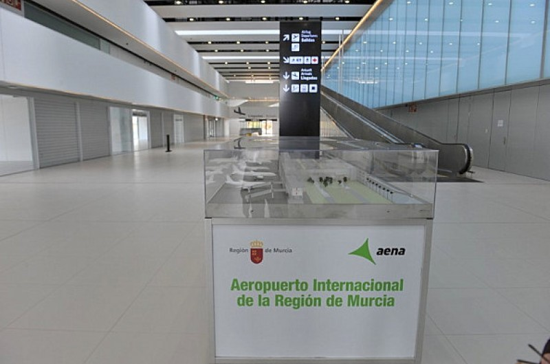 4 restaurant licences awarded at Corvera airport