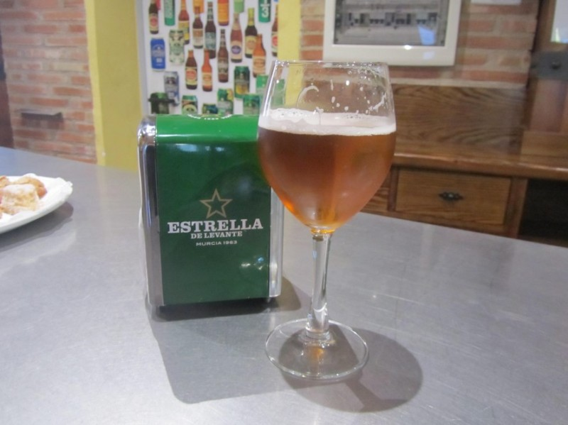 Estrella de Levante unveils its 2018 Christmas beer!