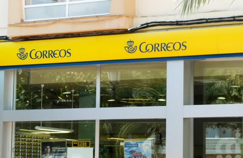 Postal service maintained in outlying areas of Cartagena until delivery box banks are installed