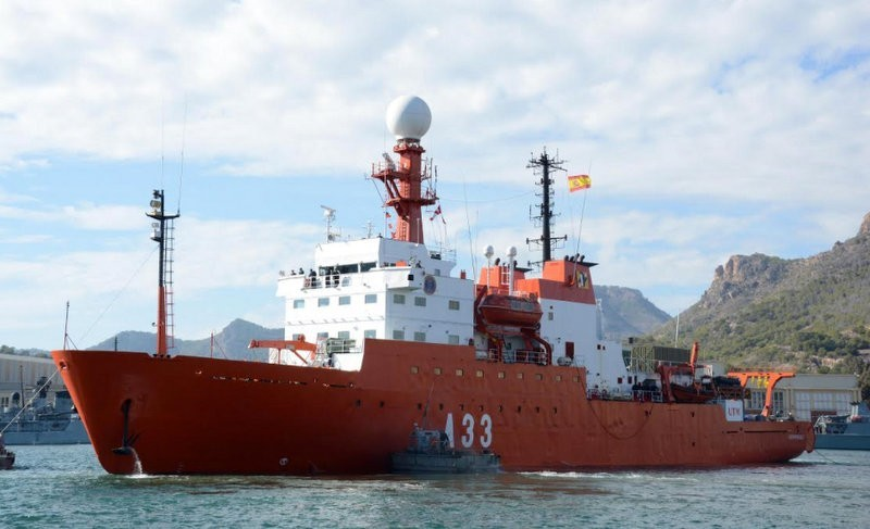 <span style='color:#780948'>ARCHIVED</span> - Oceanographic research ship locates 44 African migrants, including 11 dead, one day out of Cartagena