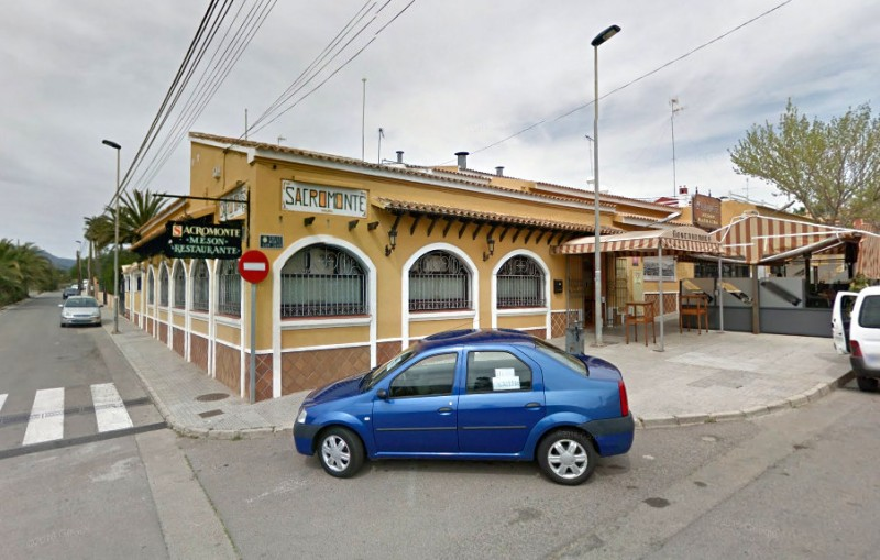 Drama at Canteras restaurant as robbers threaten customers at gunpoint