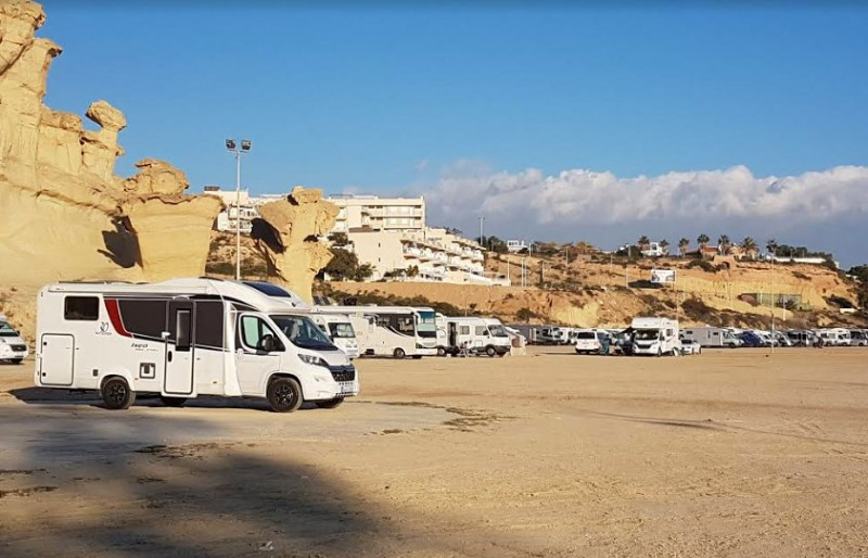Anger at motorhome campers in Bolnuevo