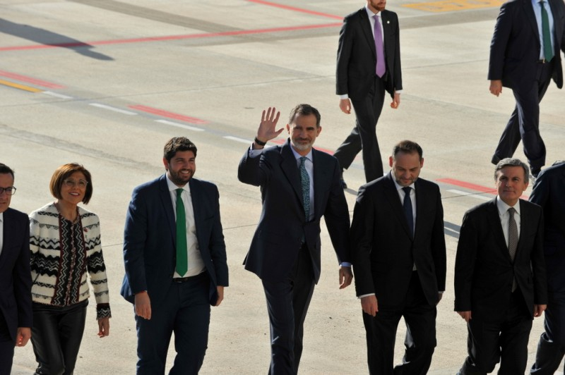<span style='color:#780948'>ARCHIVED</span> - King Felipe of Spain declares Corvera airport open
