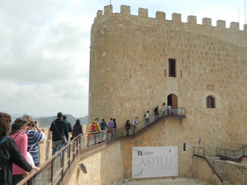 27th January ENGLISH  and Spanish guided tour of Jumilla castle