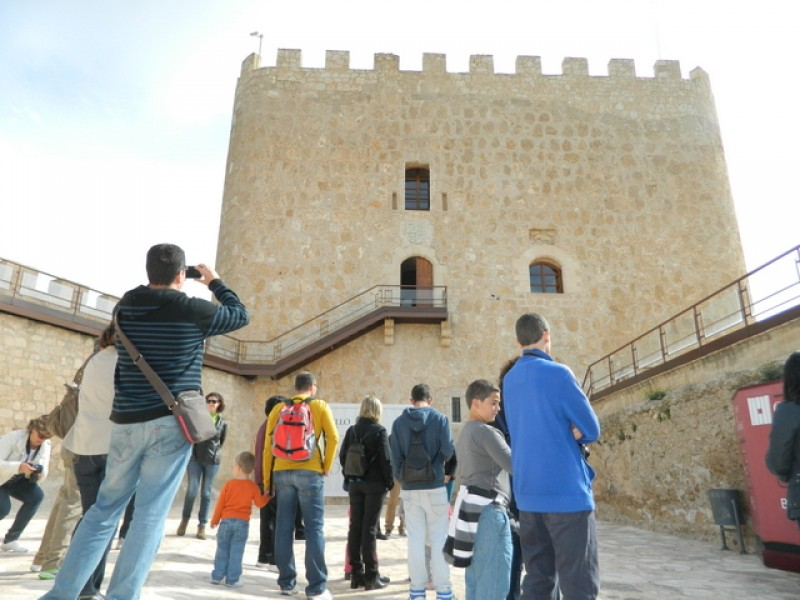 10th February ENGLISH  and Spanish guided tour of Jumilla castle