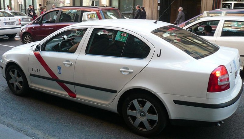 <span style='color:#780948'>ARCHIVED</span> - Madrid taxi drivers call indefinite strike