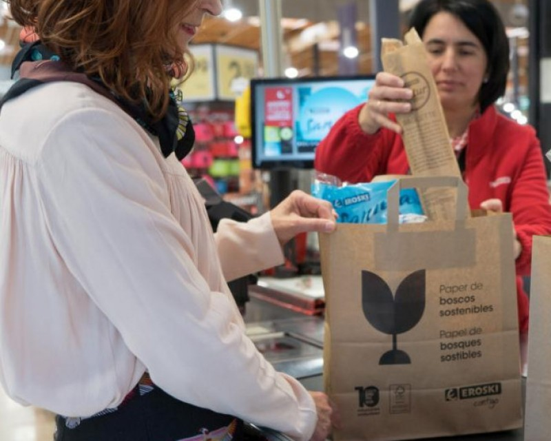 Eroski supermarkets introduce paper bags to replace plastic
