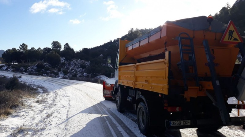 <span style='color:#780948'>ARCHIVED</span> - Snow fell in the north-west of the Murcia Region at the weekend
