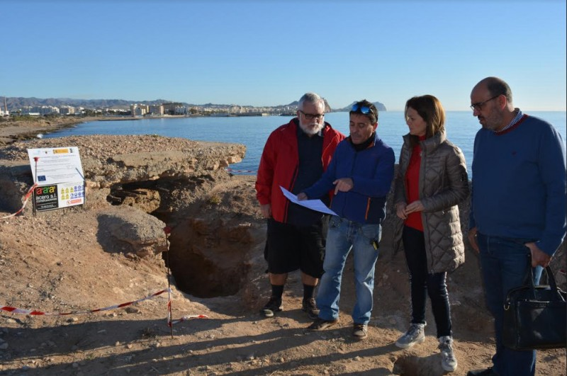 Restoration of Civil War lookout bunkers nears completion on the coastline of Águilas
