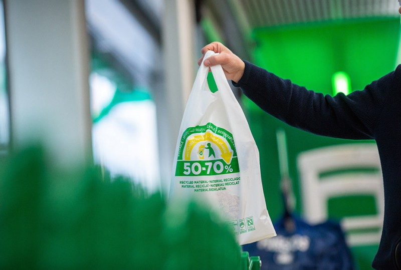 <span style='color:#780948'>ARCHIVED</span> - Mercadona to eliminate single-use plastic shopping bags – but is this just a publicity stunt?