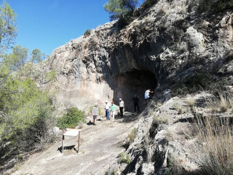 <span style='color:#780948'>ARCHIVED</span> - March 24th FREE guided visit to the El Milano prehistoric site in Mula