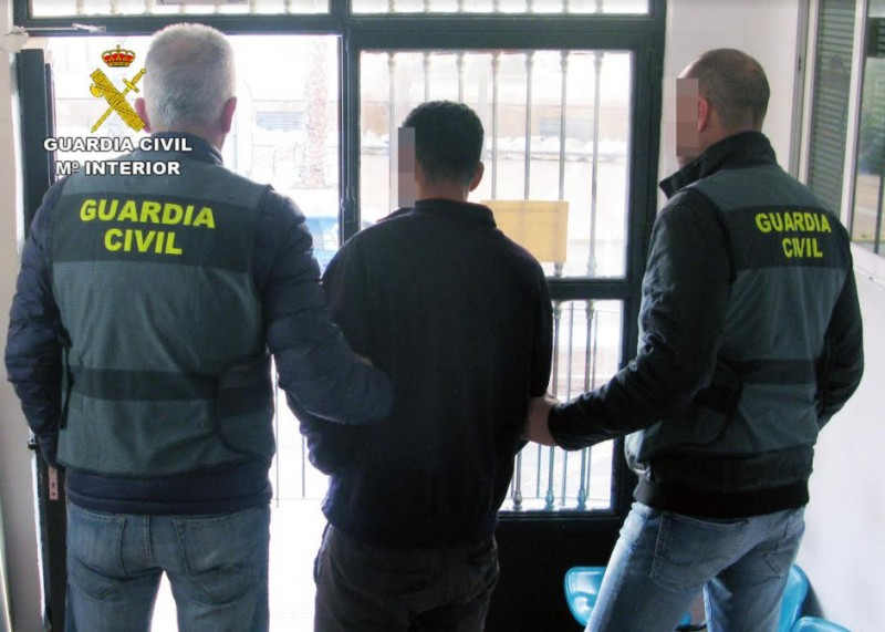 <span style='color:#780948'>ARCHIVED</span> - Mugger arrested in the town of Mazarrón