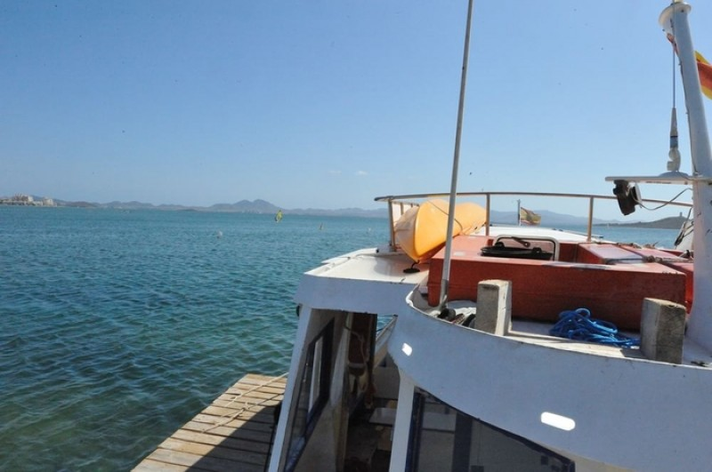 <span style='color:#780948'>ARCHIVED</span> 11th May free boat trip on the Mar Menor (Spanish commentary)