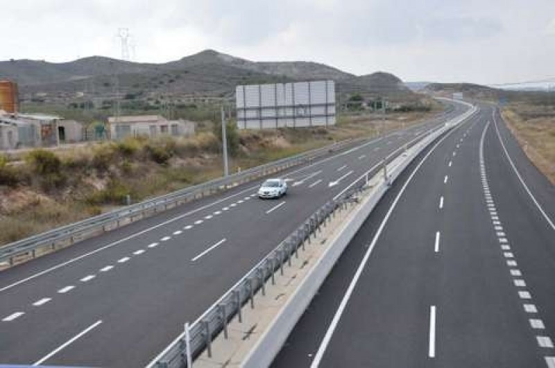 Lower toll charges boost traffic on the Cartagena-Vera ghost motorway
