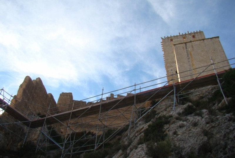 <span style='color:#780948'>ARCHIVED</span> - 200,000 euros more for the restoration of Mula castle this year