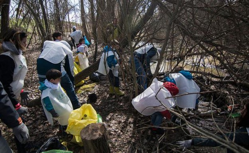 Second Libera Spanish river bank clean-up campaign taking place in Murcia this week
