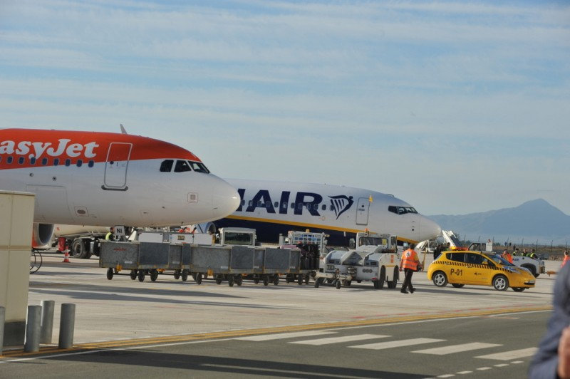 <span style='color:#780948'>ARCHIVED</span> - Passenger numbers up at Corvera airport last month compared to last February at San Javier