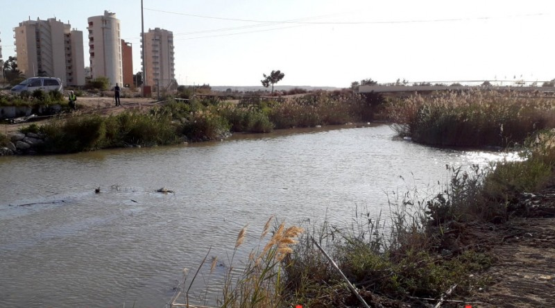 Irrigation farmers urged not to treat the River Segura as a tip
