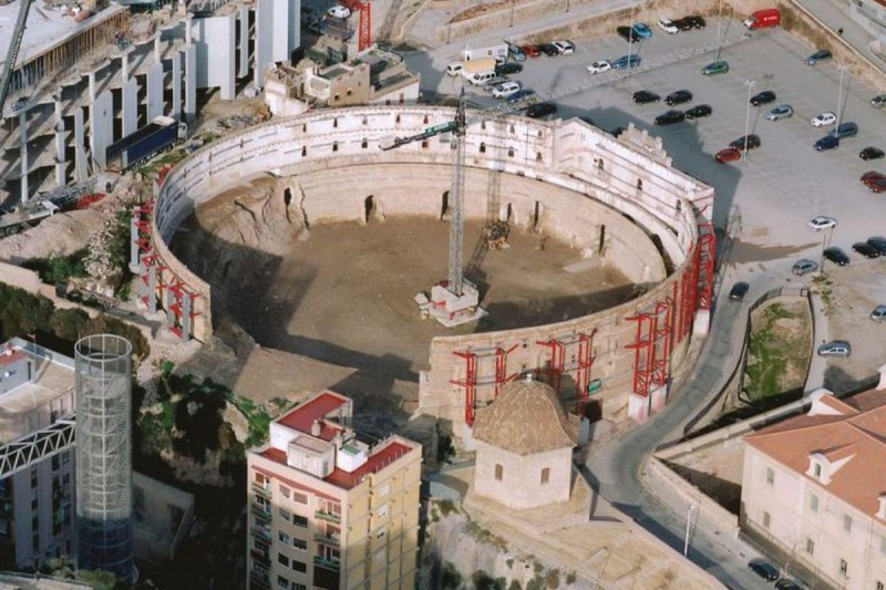 <span style='color:#780948'>ARCHIVED</span> - 400,000 euros more for the excavation of the Roman amphitheatre in Cartagena