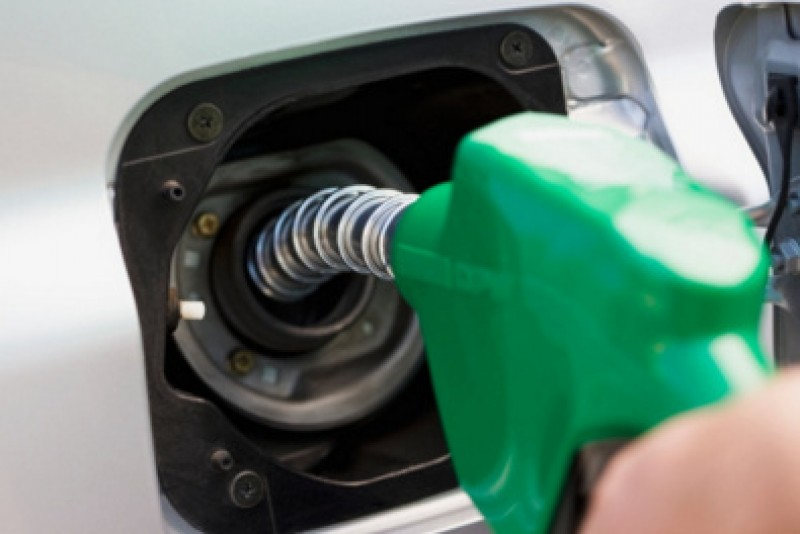 <span style='color:#780948'>ARCHIVED</span> - First drop in petrol and diesel prices in Spain for nine weeks
